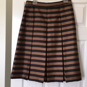 New Halogen size 8 pleated skirt